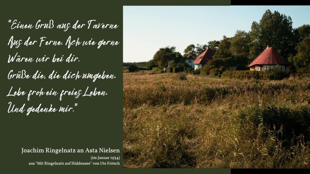 Wanderung auf Hiddensee im Herbst von Vitte nach Kloster, Blick auf das Asta Nielsen Haus
